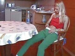 18 år gammal kön på bordet
