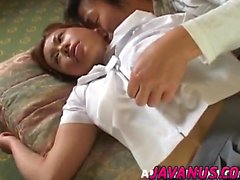 bambola asiatico viene fica pelosa dita e leccata davanti Swall