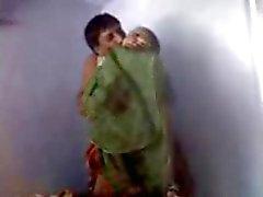 de Desi ma tante baise avec son ami hubbys