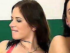 Işemek dörtlü Jessica Rox Kirsten Tesisi