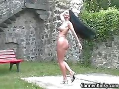 Kinky Carmen gets outdoor to pick part2