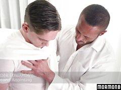 MormonBoyz - Le prêtre de Muscle Daddy baise un étudiant