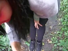 Amateur babe sucking a dick in the sweet outdoors