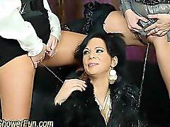 El dedo lesbianas Fetichismo De y orina