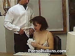 Segretaria italiana bocchinara - italian secretary blowjobs