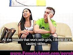 Agente feminina. Sensações Asiático assombroso
