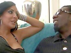 Güzel Latina Milf için BBC