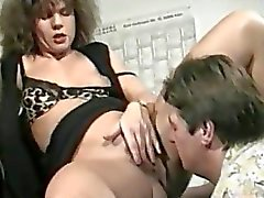 Amateur MILF loves squirting urine on her boyfriend