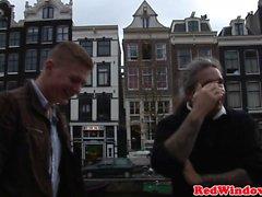 Blond holländsk hora facialized efter jävla