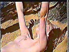 Judy Geeson Spogliatevi nuda