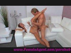 FemaleAgent . Şehvet evrensel lisanıdır