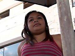 Latina gorda se eyacula