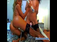 Hot lesbians recorded camshow on webcam