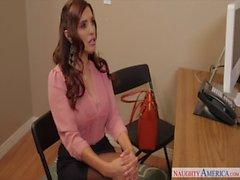 Sexy Francesca Le scopare in ufficio