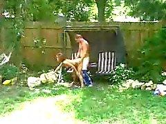 joven follada en el patio trasero - cine el amigo de Hermanos él de 3