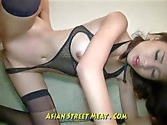Iddiasız Brown Eyed Asya Anal