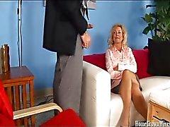 Geilen Ehefrau durch ihre Therapie Dr. gefickt