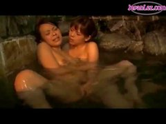 Asian Girl Kissing Fingered And Licked In The Pool