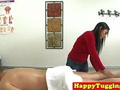 branlette de massage asiatique pris sur hiddencam