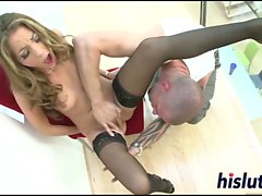Lusty office babe gets her asshole drilled