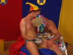 clowner som spelar