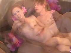 Tonårs Fyrkant med två mycket Hot Babes