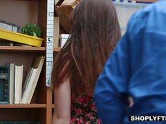 Shoplyfter - Горячие подросток получает наказано за то Кража