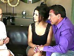 Threesome mit dem Blondine Jillian und Brunette Alexa