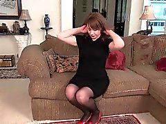 Milfs Tracy and Raquel peel off their nylon pantyhose