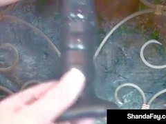 Linkit Housewife Shanda Fay saa ison Big Black Dildon!
