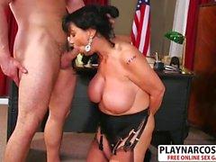 Fresh Mother Elektra Lamour Fucks Sweet Her Dad's Friend