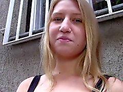 PublicAgent Россиею принимает наличные деньги к сексу от незнакомому