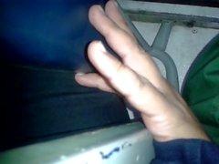 metiendo dedos casada bus (marido al lado) 1
