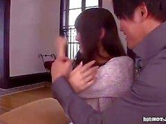 Le ragazze Japanese attraggono la moglie lascivo a home.avi