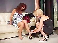 Melissa Lauren and Nina Roberts