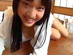 Studentessa giapponesi prende in giro