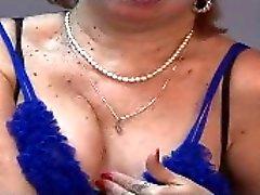 Oma an der Webcams R20