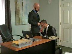 ExtraBigDicks Latinos Tight Hole för Bosses Big Cock