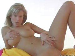 Zuzana teasing