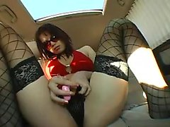 Hot babe goes for a car ride and strips down to toy her twa