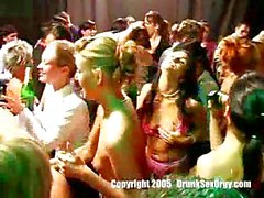 Drunk chicks in hot orgy at party