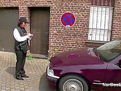 Almanya Rahibe sonraki Caddesi üzerinde baştan çıkarmak Sert porno becerdin almak