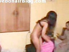 Pakistanischen Mädchen Nackt bodenlose Mujra Tanz während Quest Paki Porno Klipp