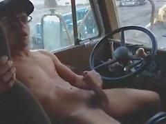 Ragazzo di camionista che si masturba
