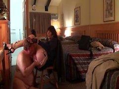 Sexy tranny saugen und ficken im Hotel