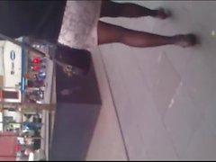 Flaquita en minifalda y panties II
