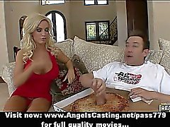 Adorable stunning blonde chick doing blowjob to the pizza man