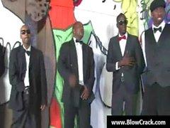 Rassig Blowbang - Gesichts Cumshot ins interracial Hardcore bumsen 32