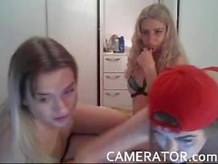 Camgirls goofing around on cam