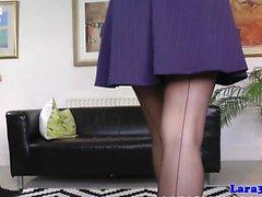Classy inglese pompini con suocera con le calze